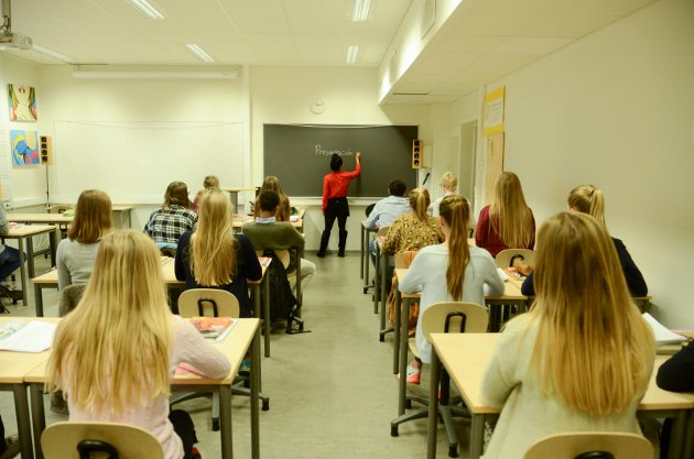 Breidablikk ungdomsskole elever klasserom skole