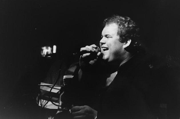 Desember 1992: Tom Kurth på julejam på Cafe Hansen.