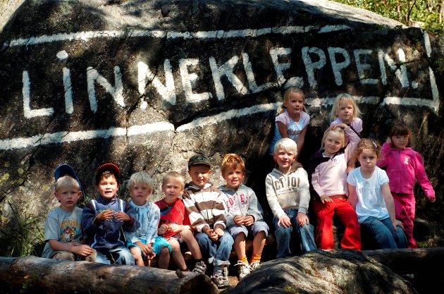 Glade barn: I 2007 gikk en gruppe fra Fladstad barnehage på tur til Linnekleppen.