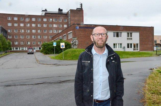 Rune Holm, enhetsdirektør for psykisk helsevern og rus i Helgelandssykehuset, skriver i kronikken om psykisk helse og rus som en viktig del av Helgelandssykehuset.