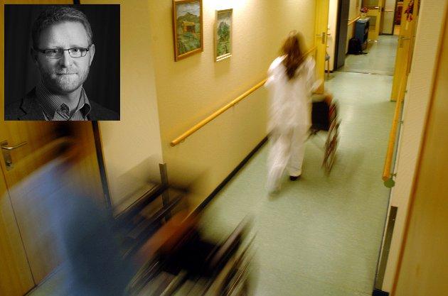 Illustrasjon sykehjem hjelpepleier eldresenter  Fra Hønefoss sykehjem