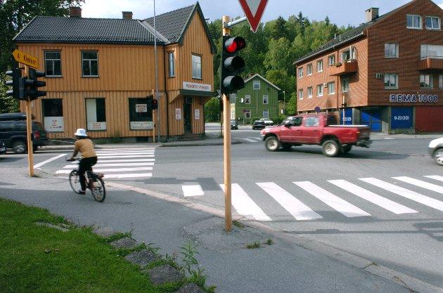 Øyvind Lien spør i ukens Lørdagstanker om Hønefoss-bilistene er totalt fargeblinde. Arkivfoto: Frode Johansen