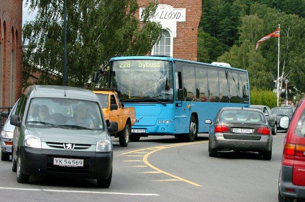 – Gjennomkjøringsvei vest i byen er for lengst forkastet, sier Carl Otto Sætre.