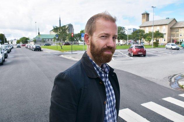 Håkon Andreas Møller (MDG) vil stenge Prinsens gate for trafikk når Solparken og Rådhusparken skal gjøres om til en helhetlig park.