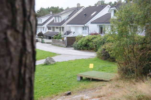 Nærmiljø: Utslagspunkt på frisbeegolfbanen ved Giljaskogen på Grødem.