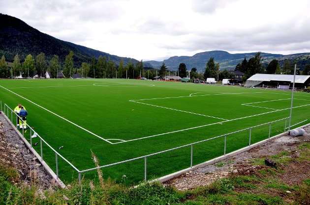 Idrett: Kongeriket Norge har snart kunstgrasbaner for 15 milliarder kroner .... Foto: Dagfinn Hovland