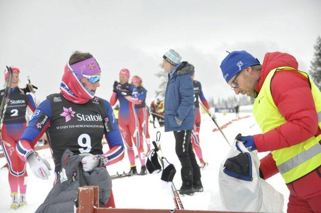 KLÆR: Hektisk mellom heatene. Arrangørene sørget for en flott sprintdag på Lygna.