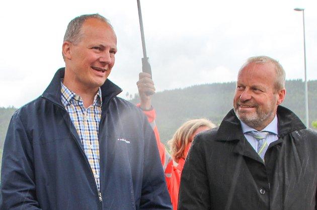 UEINIGE: Samferdselsminister Ketil Solvik-Olsen (Frp) og  Ivar Odnes (Sp).