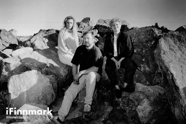 Beboerne på fuglenesveien. Cecilie Hansen, Bjarne Hansen og Grete Løkke. 20.06.1990.