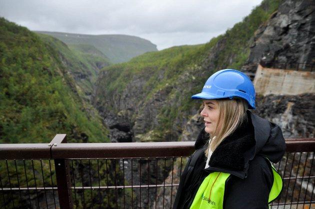 BEVISST: Olje- og energiminister Tina Bru (H), vet at det er stor motstand mot vindkraft også i Finnmark