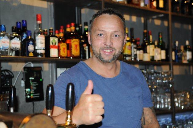 GLEDER SEG: Tommy Niska har jobbet lenge med Hammerfestivalen. Nå er han klar for å gi publikum musikkopplevelser av beste sort. Foto: Trond Ivar Lunga