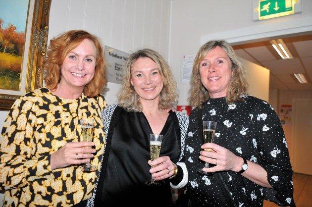 – Det var lenge siden sist, sa (fra v.) Tanja Øvrehus Bengtsson, Eva Linnerud og Kristin Lunner. Sistnevnte norsk mester i mangekamp i sin tid.