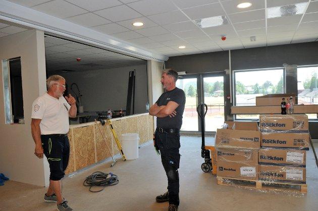Kjell Roar Nygård og Trond Tørtberg i det som skal bli kafeèn.  Alle foto: Øivind Eriksen