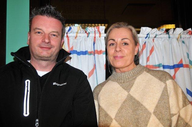 FIN INTIMKONSERT, sa Lene Egeberg og Christian Lysaker om lærernes sangopptreden.