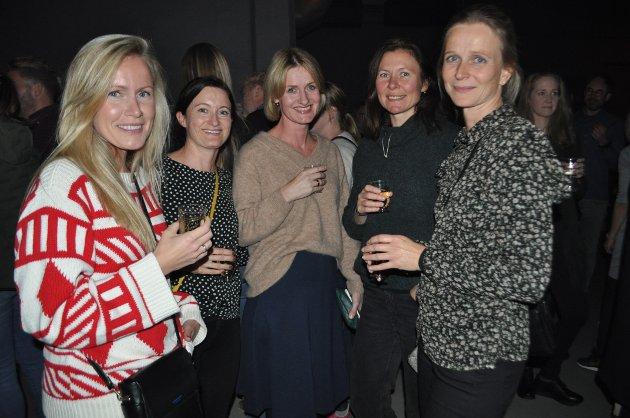 Svetlana, Linda, Tine, Solveig og Stine har hørt litt på Aurora fra før og gledet seg til konserten.