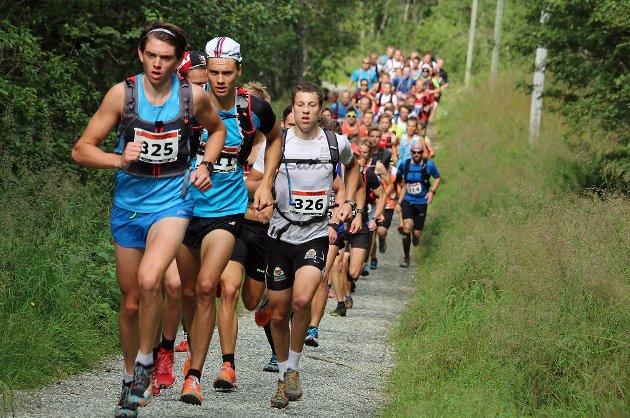 Henning Johnsen førte i feltet på 93 deltakere som stilte til start under Tromsdalstinden opp søndag.