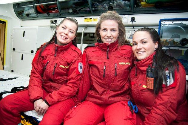 Ambulansearbeiderne Maja Christine Oskal, Maja Louise Lauritsen og Marte Strand Hansen.