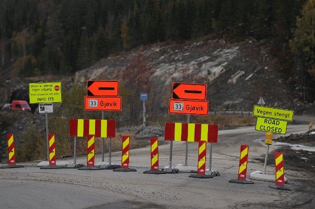REFORM: – Noen kan sikkert finne ut hvor mye asfalt, brøyting, strøing og annet vedlikehold på dårlige fylkesveger en kunne ha fått for det som her kastes bort i unødvendig dobbeltarbeid, skriver artikkelforfatterne.