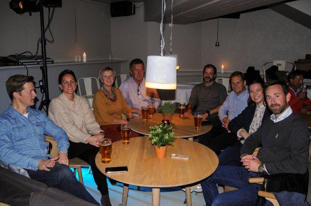 F.v. Anders Jørgensen, Merete Rossebø Christensen, Randi Rossebø Christensen, Oddbjørn Christensen, Ole Hagen, Dag Enden, Mirielle Klock og Sigmund Myklebust.