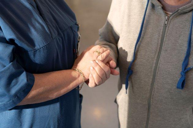 En av grunnverdiene i det norske samfunnet er at trygghet i alderdommen har du rett på, det skal du slippe å kjøpe.