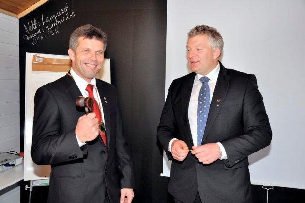Nyvalgt ordfører Bjørnar Skjæran synes det er en ære å bli valgt til ordfører. Han tok et godt tak om klubba i det han fikk den av avtroppende ordfører Carl Einar Isachsen jr. Han ble ordfører i etterkant av kommunevalget i 2011.