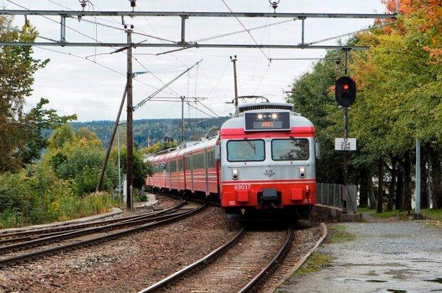 Kongsvingerbanen er den viktigste togkorridoren for frakt av gods i Norge, skriver RBs gjestekommentator.