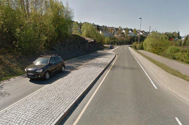Trangt om plassen: Omkjøringsvei rundt Oslo skal utredes og Rælingen Venstre mener at det er bedre å satse på rv22 enn fv120.