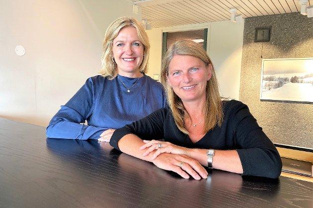 Leder av hovedutvalg for Velferd Cecilie Lindgren og ordfører Lene Conradi, Asker Høyre