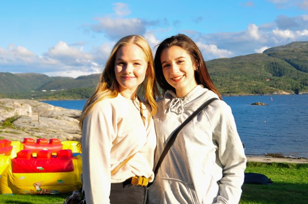 Rikke Løvik (til venstre) og Mia Zeta Paugh-Gaines.