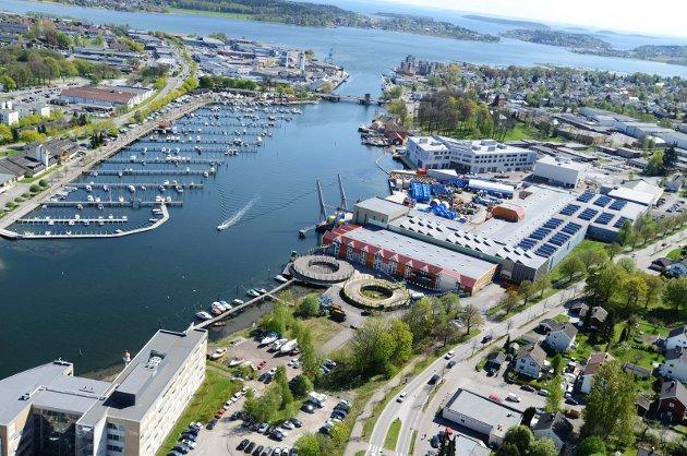 IKKE BOLIGER: Når det gjelder denne tomta, ville den nyere del av bygningsmassen til ScanRope egnet seg utmerket til forskjellig småindustri, og er det noe vårt distrikt og Norge trenger, er det ny industri, skriver artikkelforfatteren.