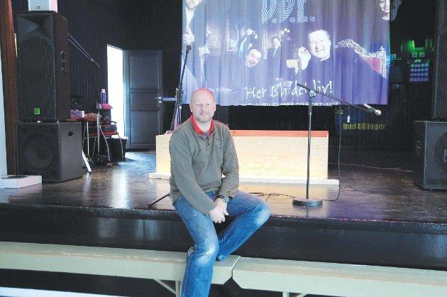 Asbjørn Olimstad eier og driver Vegarheim kulturhus på Vegårshei.
