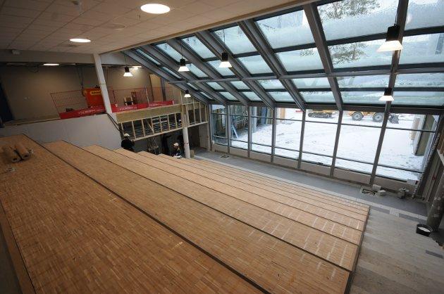 Mye lys: Auditoriet blir hjertet i det nye bygget. Det er også et robust rom som vil bli mye brukt, og som erstatter den tidligere vestibylen i inngangspartiet.