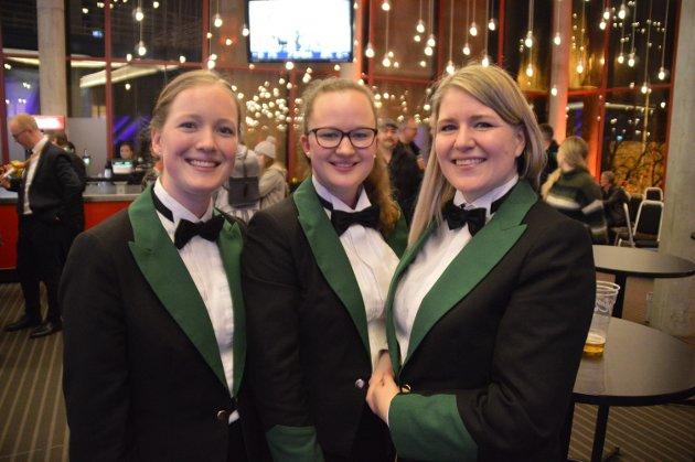 Maren Skogland Nornes, Tina Kvamme og Sarah Strandhus Karlsen frå MML seier at dei fekk «kontrollert adrenalinkick» mens dei spelte stykket «Midnight's Butterflies».