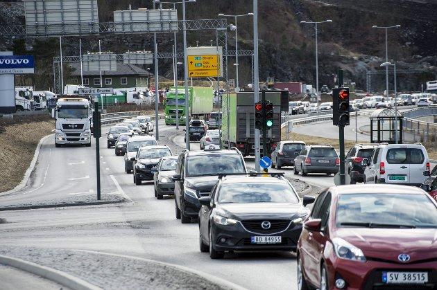 – Både strekningen Arna – Vågsbotn og Vågsbotn – Nordhordlandsbroen har i dag så stor trafikk at en oppgradering er overmoden. FOTO: EIRIK HAGESÆTER