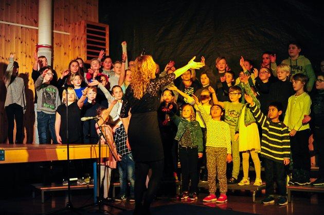 Enger skole, syngespill, Melinda Elisenberg Løver