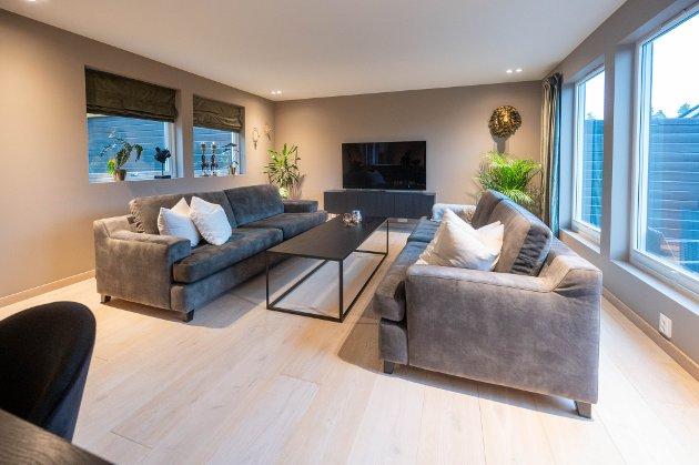 Jeanette Krogsund og Fredrik Bjerkeengen kjøpte i fjor en bolig på Konnerud. Den har paret totalrenovert.