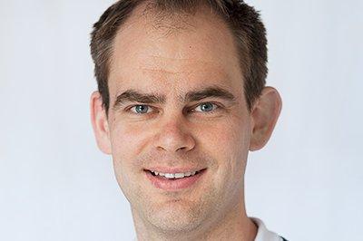 Tom Heine Nätt har sammen med Christian F. Heide skrevet boka «Datasikkerhet – ikke bli svindlerens neste offer».