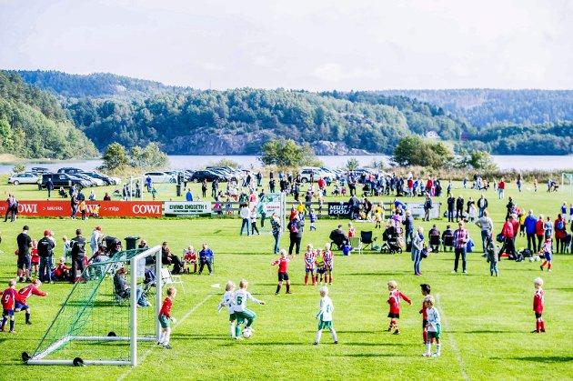Breddeanlegg er fanesak: Norsk idrett ønsker en milliard årlig til breddeanlegg i hele landet. Bilde fra knøtteturnering på Nylende.