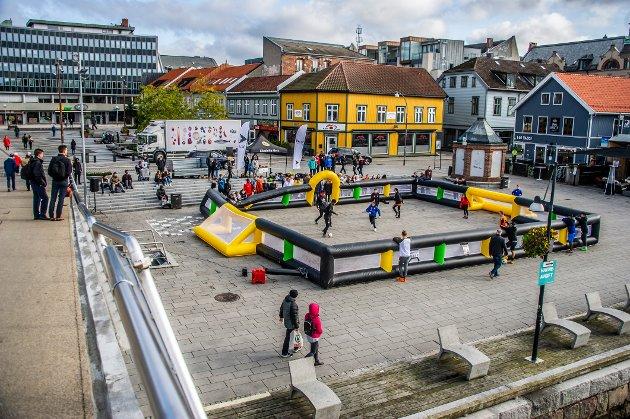 Breakthrough 2019 festival i Fredrikstad.Undommer fra pinsemenighetene i Østfold samlet til festmøter, streetfotball og volleyball.