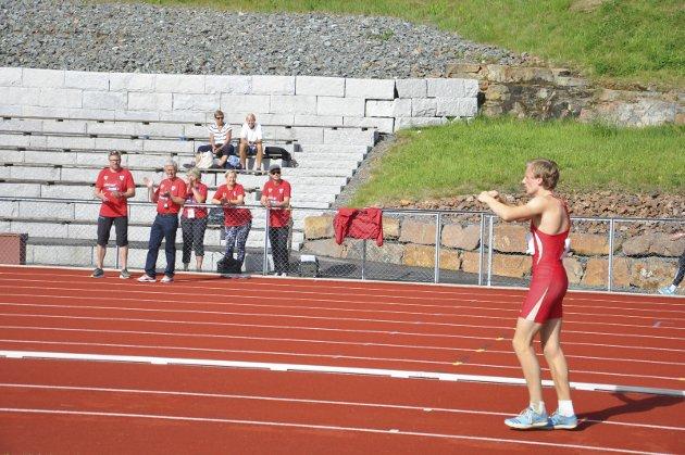 SØLVHOPP: Erik Lund gjør seg klar et nytt lengdehopp. Det ga 7,11 og NM-sølv. Alle foto: RUNE PEDERSEN