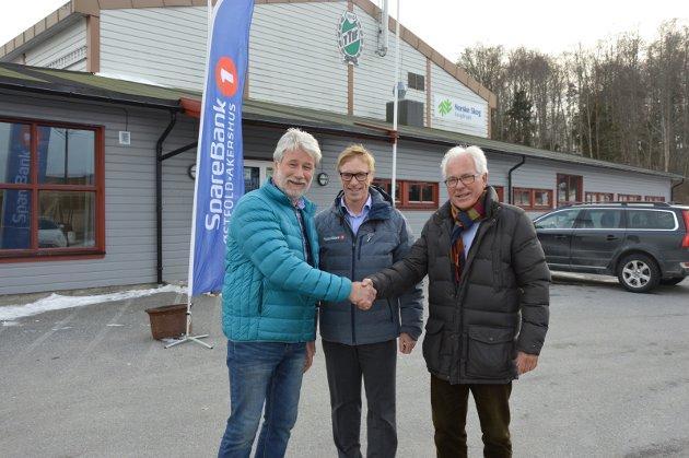 6 MILLIONER: Tron Grandal (t.v.), Tom Willy Prangerød og Kjell Hagen har sin andel av hallen klar.