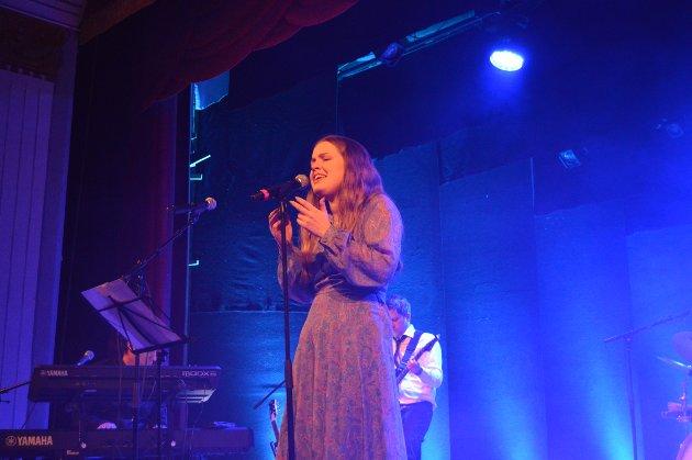 Sanne Kvitnes elsker å være på scena.