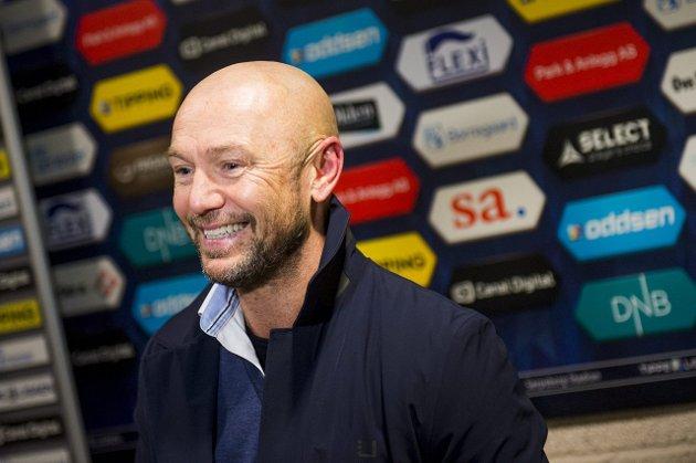 God start: FKH-trener Mark Dempsey hadde all grunn til å smile etter serieåpningen. Foto: Fredrik Varfjell/NTB scanpix