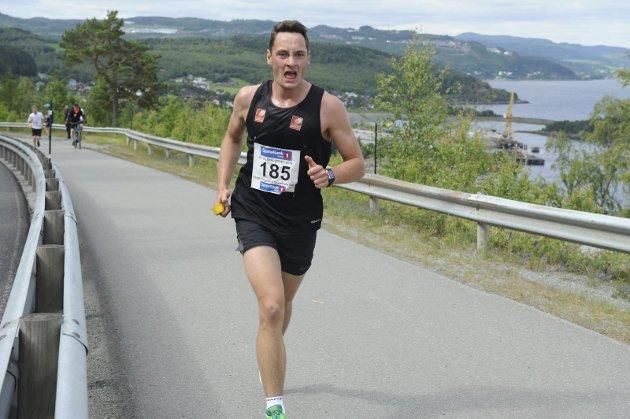Team Helgeland Sparebank deltar med to lag i St. Olavsloppet fra Trondheim til Østersund.  Jesper Abelsen Andreasen, lag 1 Hommelvik-Gevingåsen