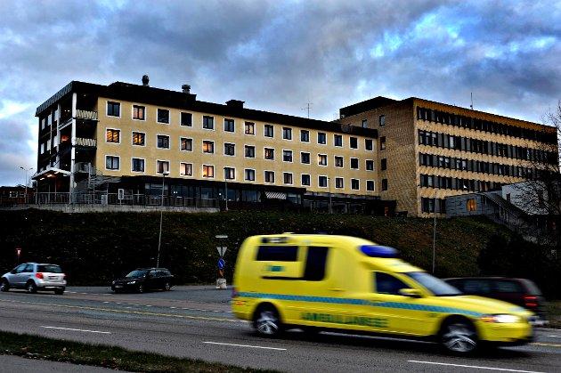 Kongsberg Sykehus Ambulanse FOTO: STÅLE WESETH