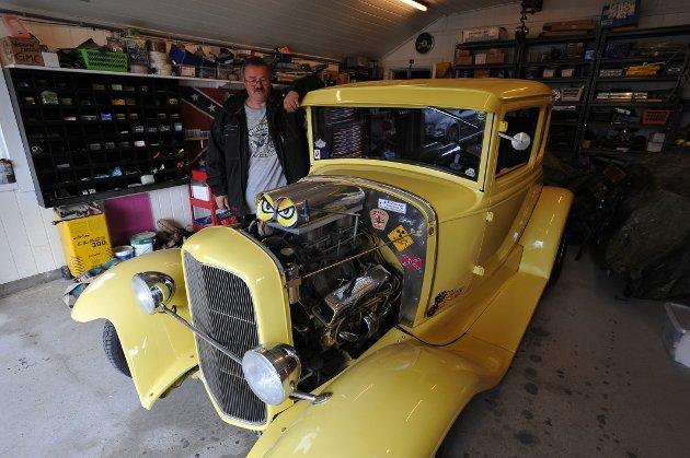 – Denne A-Forden anno 1930 er bilen for meg, sier Eilert Nikolaisen på Laupstad.