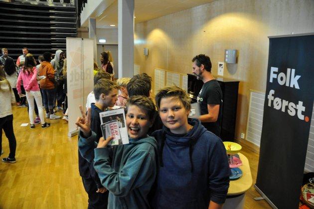 Grevlingen ungdomsskole. Vestby kommune. Skolevalg. F.v. Jan Emil og Bruno.