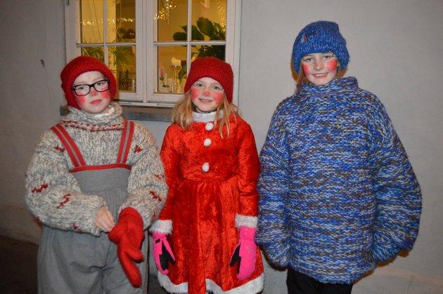 Lucia på Verket. Marie Angvik Johansen, Celine Grøndahl og Eline Brogård-Olsen så på toget.
