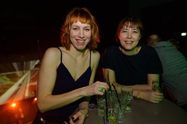 Katrine og Berit Kristoffersen.