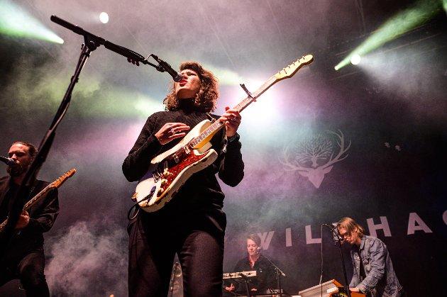 MAKTDEMONSTRASJON: Fay Wildhagen og bandet var i toppform lørdag kveld, konkluderer Nordlys' anmelder.